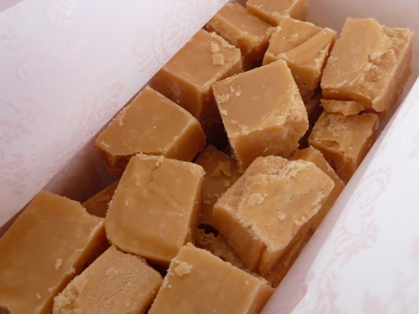 Scottish Tablet - Seriously Yummy & Tooth Achingly Sweet !