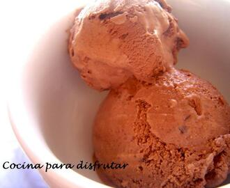 HELADO DE CHOCOLATE Y BROWNIE