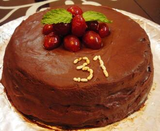 Mint Chocolate Cake (Eggless)