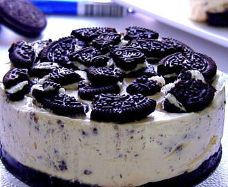 Cheesecake de Oreo sin horno (Video de 4 minutos)