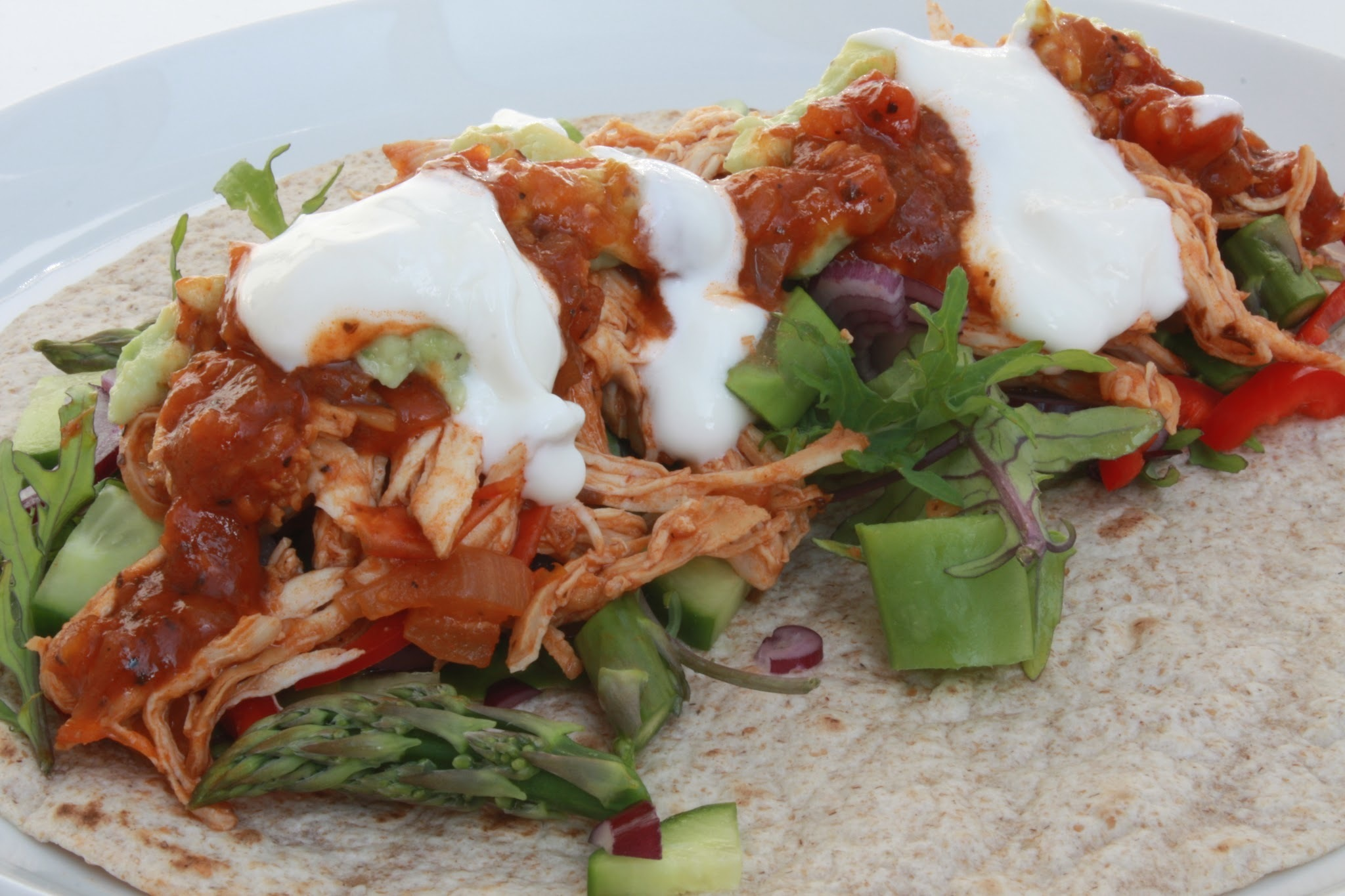 Tortilla wrap med pulled chicken