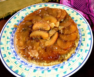 Apple Upside Down Cake ~ Eggless