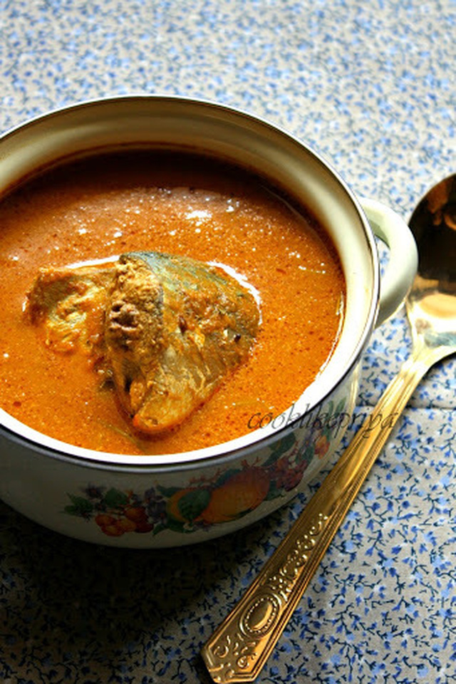 Coconut Fish Curry ~ Amma's Special