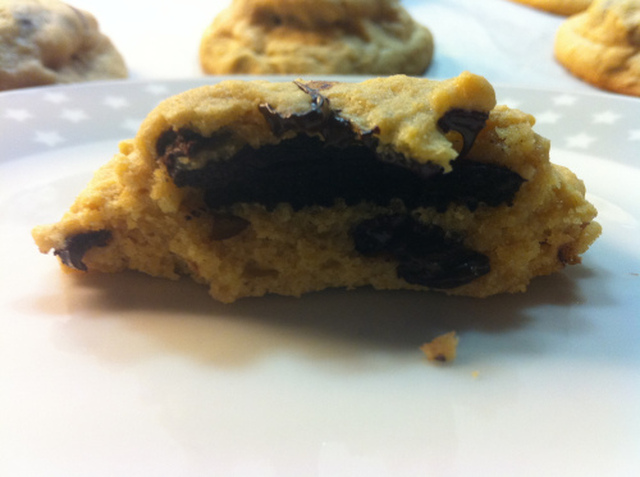 Chocolate chip cookies fylt med oreokjeks!