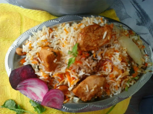 Muslim style chicken dum biryani,muslim wedding chicken biriyani recipe