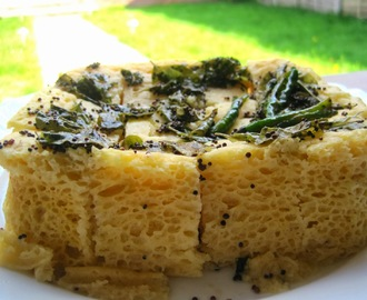 Instant Besan Dhokla in Microwave
