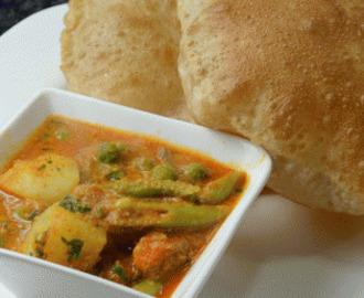 Mix Vegetable Korma with Onion Tomato Gravy
