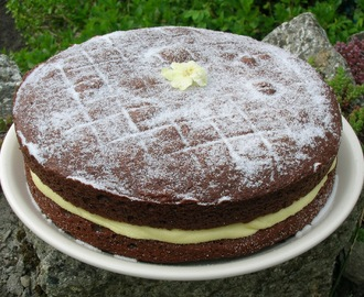 Chocolate Victoria Sandwich with Lime Curd Buttercream