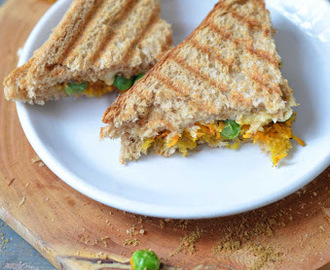 Grilled Carrot & Green Peas Sandwich - Simple Sandwich Recipes
