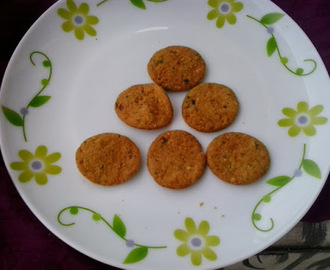 Methi mathri recipe