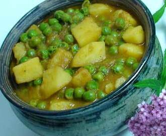 How to make Aloo Matar (Potatoes with Peas) – Indian Cuisine