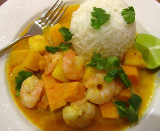 Red Thai Curry with Prawn and Mango