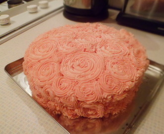 Beth's Birthday Rose Cake