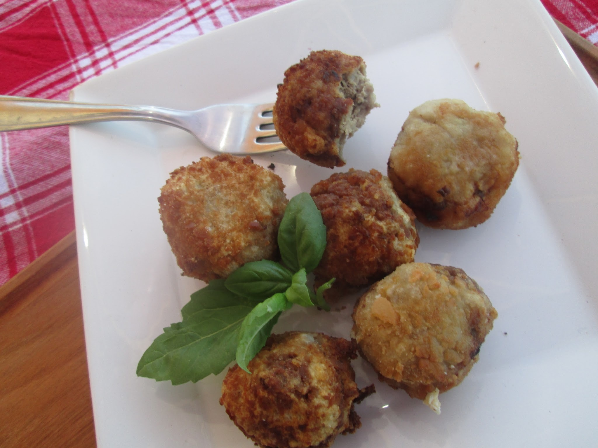 Ricotta and sage meatballs