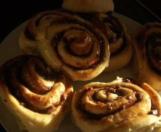 Chocolate Cinnamon Chelsea Buns