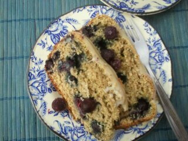 Lemon  and  blueberry   bread with white chocolate drizzle (Secret recipe club)