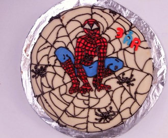 Spiderman Sjokoladekake