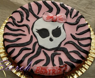 TARTA DE MONSTER HIGH Y TARTA DE FÚTBOL