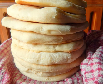 How to make Perfect HomeMade Pita Bread