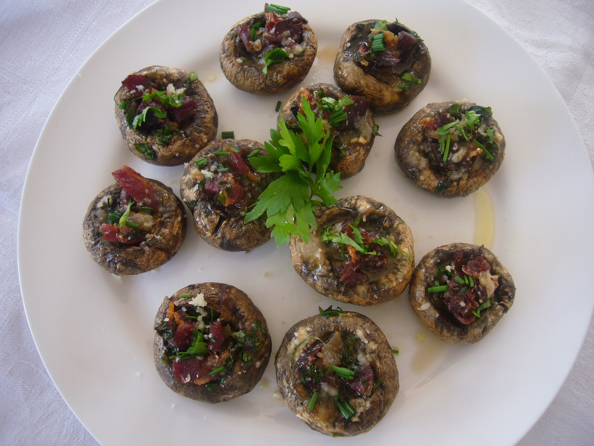 XAMPINYONS FARCITS - STUFFED MUSHROOMS