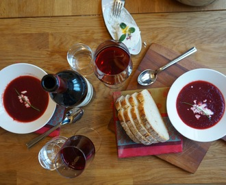 Simple beetroot soup with Ging´s artisan goat cheese