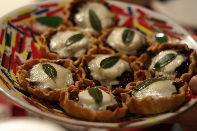 Caramelised onion and goats' cheese tarts