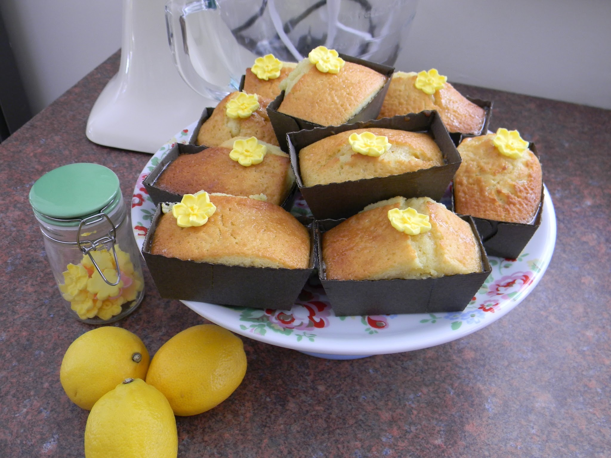 Mini Lemon Drizzle Loaf Cakes............................