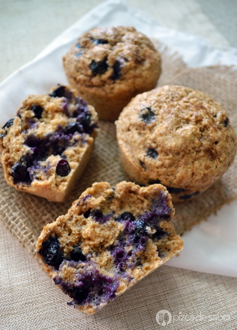 Muffins integrales de moras azules – blueberries