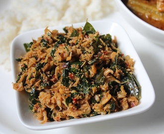 Kooni Murungai Keerai Thoran Recipe / Baby Prawns & Drumstick Leaves Thoran Recipe