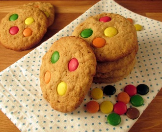 Soft Chewy Oatmeal and M&M Cookies