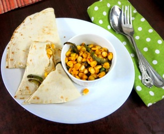 Quick Sweet Corn, Capsicum Quesadilla with Italian Seasoning