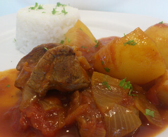 Tomato bredie with lamb (krydret lammegryte med tomater)