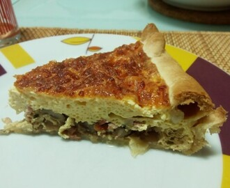 Quiche de bacon com cogumelos