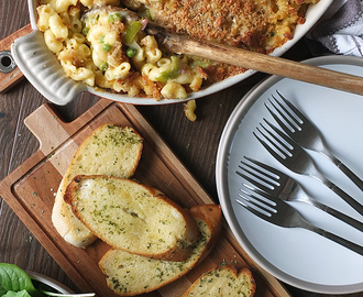 Macaroni & Cheese with Bacon, Leeks and Peas