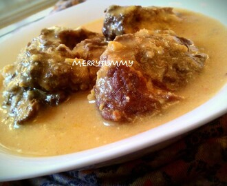 Lauki Kofta Ki Dahivali Curry/Fried Bottlegroud Dumplings In Yougurt Sauce