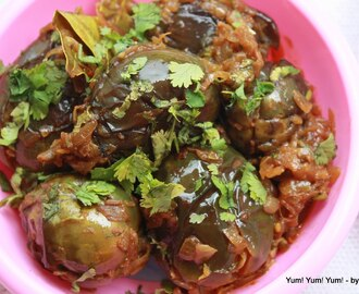 Gutti Vankaya  / Stuffed Baby Eggplant with Tamarind and Onion Masala