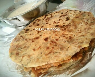 Aloo Paratha/ Indian Potatoes Stuffed Bread, Punjabi Style