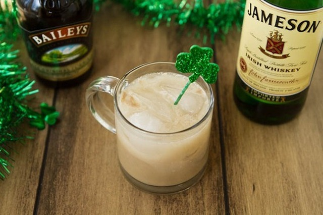 Homemade Baileys Irish Cream…made vegan!