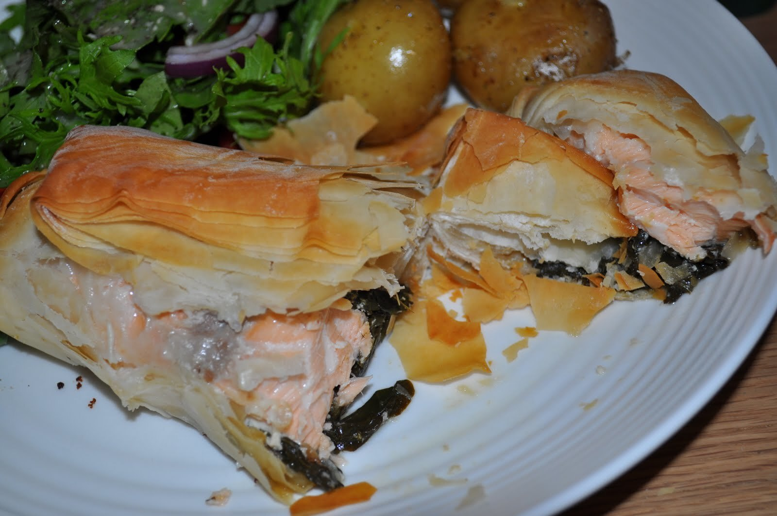 Salmon and Spinach Stuffed Filo Parcels