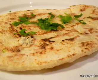 Garlic & Coriander Naan: Without yeast