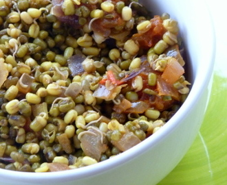 Sprouted Moong Salad/ Chaat