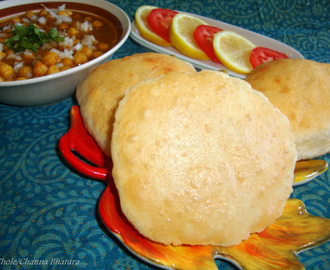 Chole Bhature Recipe / Channa Bhature Recipe/ Bhatura Recipe / Punjabi Style Chole Bhature / Punjabi Bhature Recipe