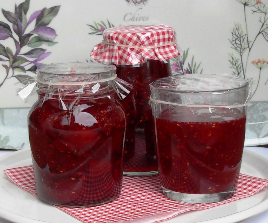 Strawberry, Raspberry & Redcurrant Jam