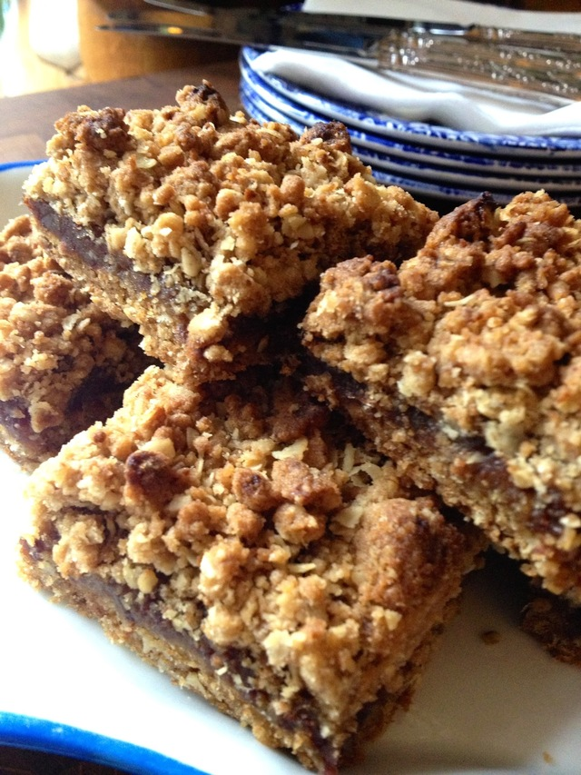 Crumbly Date Squares