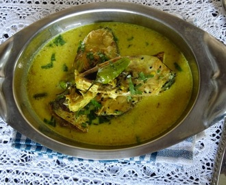 Hilsa With Coconut Milk