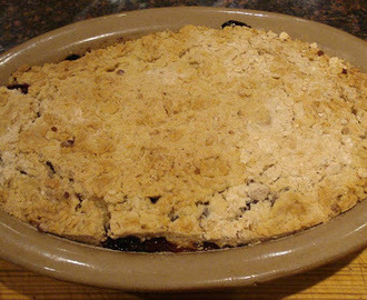 Blackberry & Apple Crumble (basic recipe)