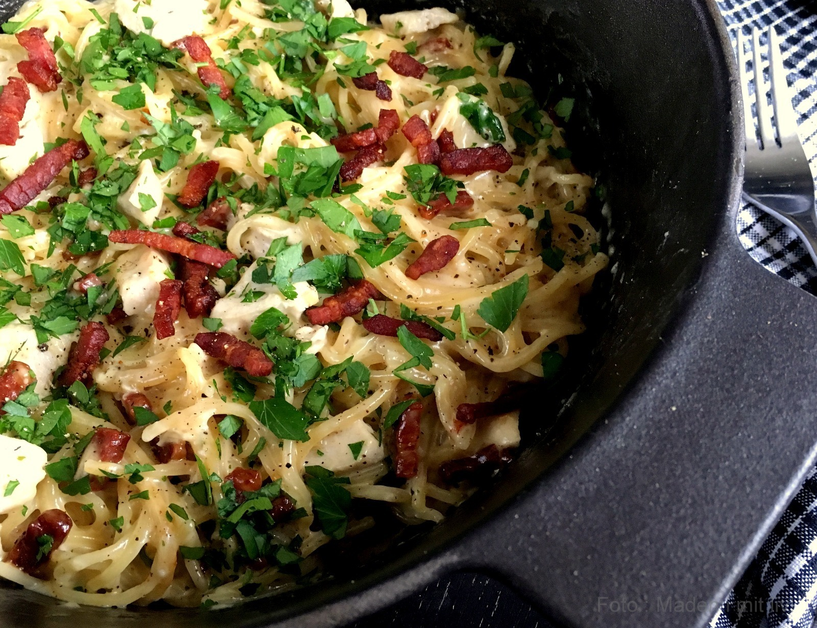 One pot pasta med kylling og bacon…