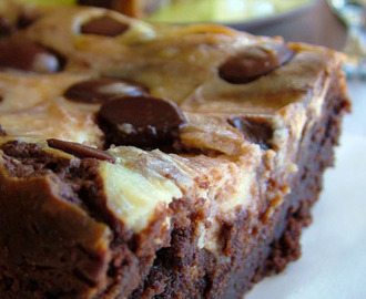 Brownie marmorizado com cream cheese