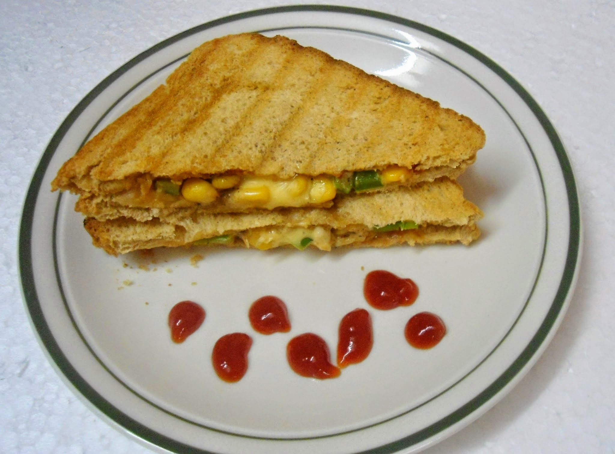 Sweet Corn Capsicum sandwich | Easy Lunch Box Ideas