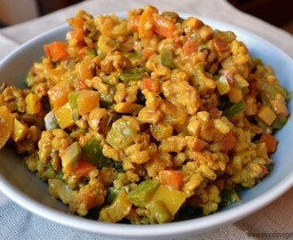 Arroz con verduras y soja al curry